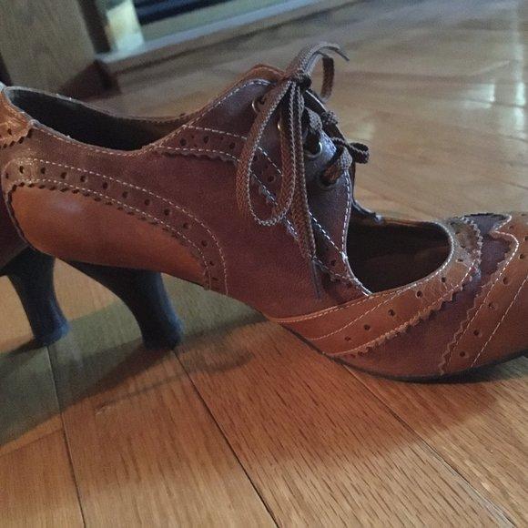 ALDO Brown Two-Tone Heels